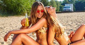 Kvinder på stranden